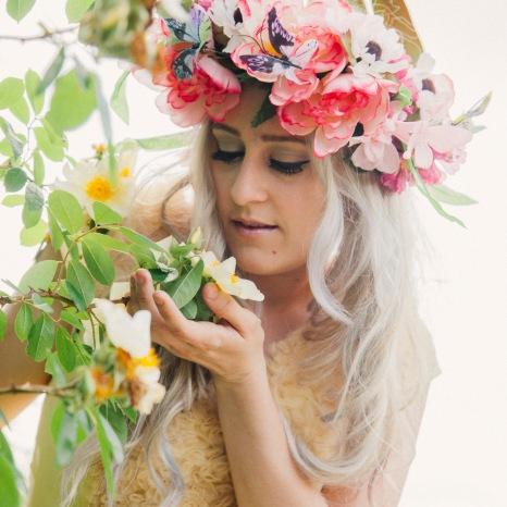 Photographer: Amy Fullam MUAH: Nancy Couture Dress: Nancy Couture Headpiece: Nancy Couture